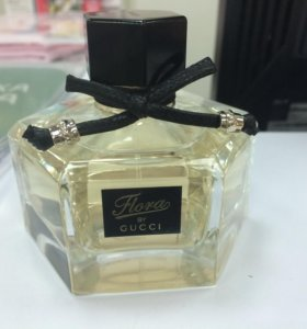 Gucci Flora by Gucci парфюм