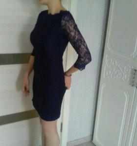 Платье нарядное, вечернее.