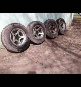 Продаю колеса на литье r15!