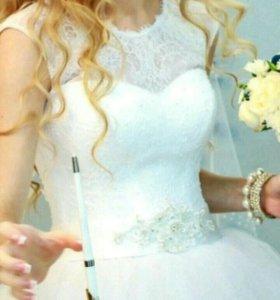 Платье свадебное 40-42-44 размера