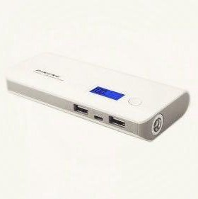 Power Bank Pineng 10 000 mAh с экраном