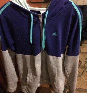 Продам кофту Adidas