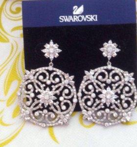 Новые сережки с цирконием как Swarovski