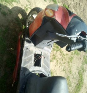 Продам скутер на запчасти