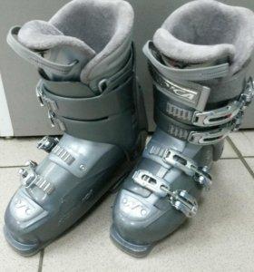 Ботинки горнолыжные Nordica