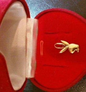 Продам золотой кулон