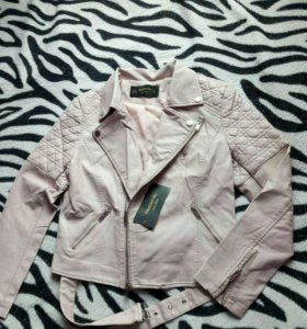 Курточка розовая