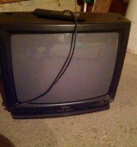 """Телевизор""""Фунай) на запчасти"""