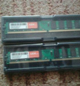 Оперативная память DDR2 2 шт по 2 гб новая