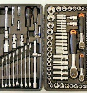 Набор инструментов на 218 предметов. Новый.