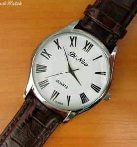 Кварцевые часы DiNuo, белые