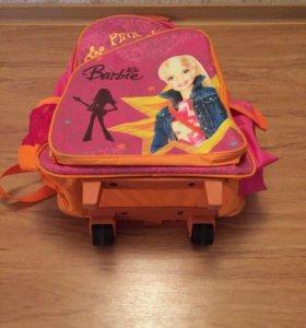 Сумка-рюкзак на колёсиках для девочки