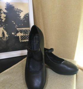 Туфли для танцев фламенко