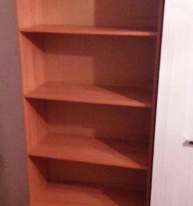 Продам книжный шкаф в идеальном состоянии.