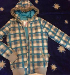 Зимнесезонная куртка