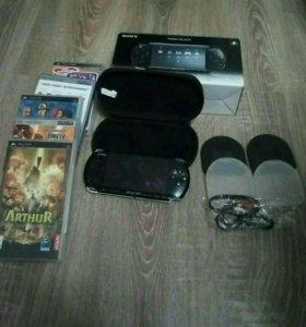 Piano Black PSP PB + в подарок игровые диски