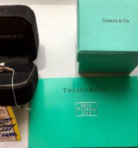 Tiffany&Co. Новое кольцо с бриллиантом 0.19ct.