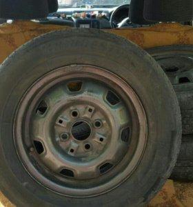 Комплект летних колес Bridgestone