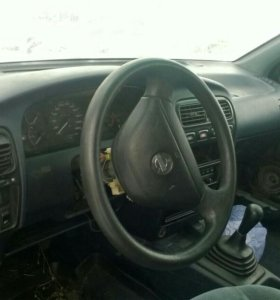 Nissan Premiera р10