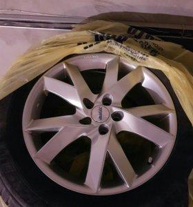 Литые диски с зимней резиной R18