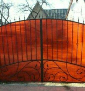 Ворота из поликарбоната с ковкой
