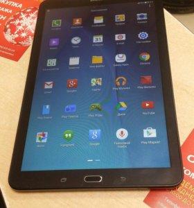 Планшет Samsung Galaxy tab E (SM -T561)