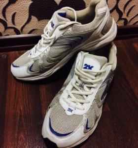 Новые кроссовки 2к