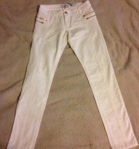 Новые белые джинсы Reserved с биркой