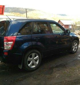 Suzuki Grand Vitara 2.4АТ 2011г