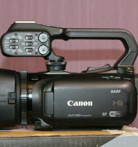 Профессиональная видеокамера Canon XA20