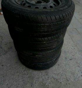 Комплект  летних колес Kumho