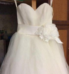 Свадебное платье, фата, болеро.
