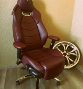 Офисное кресло (Maserati Granturismo)