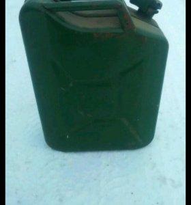 Канистра под топливо 20 литров