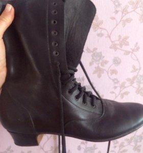 Новая танцевальная обувь