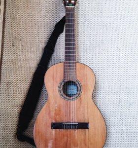 Акустическая гитара Prudencio Saez