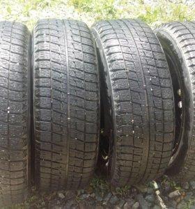 4 колеса остаток 60-65% на дискас 4×100