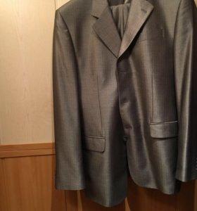 Мужской костюм на выпускной или свадьбу