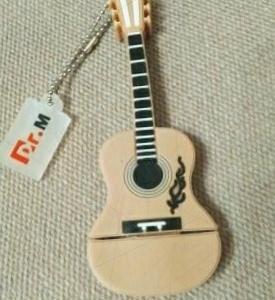 Флешка гитара 16 Гб