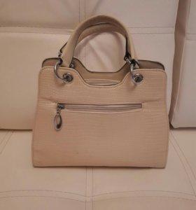 Новая сумка бежевая