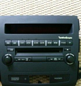 Продам Магнитола Mitsubishi на 6CD (8701A260)