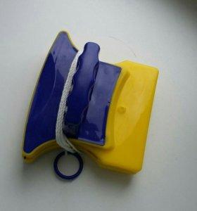 Щётка для мытья окон на магните