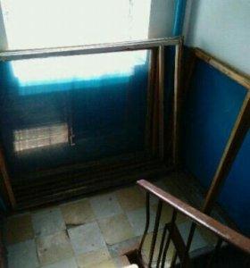 Балконные рамы. Витринные стёкла 5 мм.