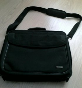Продам сумку для ноутбука. 89274468369 89276715859
