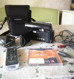 Samsung DVD Камера VP-DC165Wi