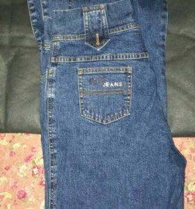 новые джинсы с вышевкой