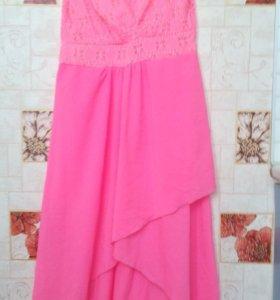 Продам розовое новое платье44-48