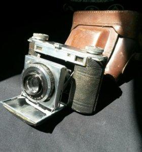 Коллекционнны фотоаппарат 1946 года Super Dolina