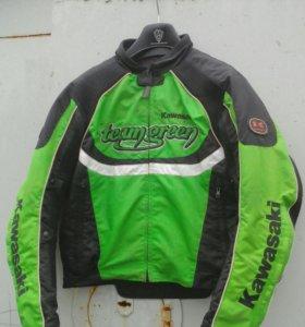 Защитная мото куртка kawasaki
