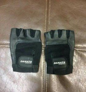 "Перчатки для фитнеса Даната ""Чемпион"" – чер"